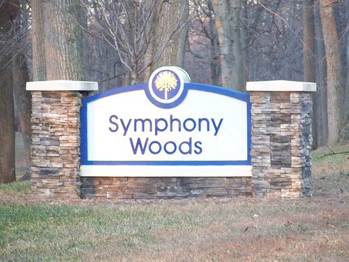 symphony woods sign