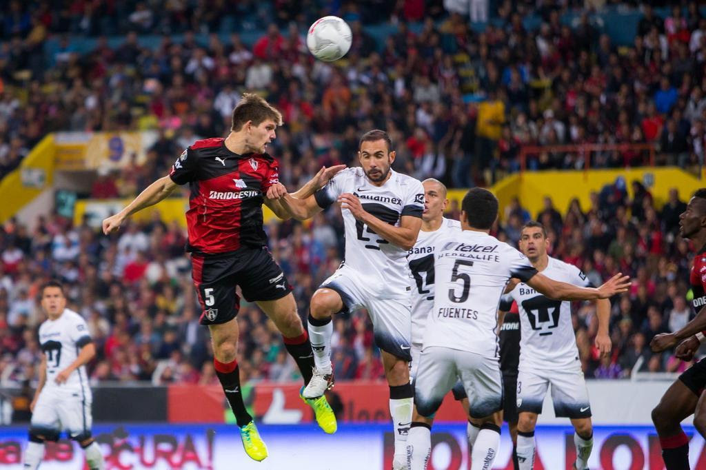 Grêmio acerta contratação de Walter Kannemann Cristian de Marchena/MEXSPORT