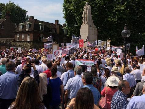 Londoners Rally in Solidarity with Iraqi Christians