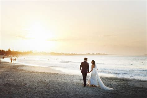 Average Cost of Wedding vs. Destination Wedding