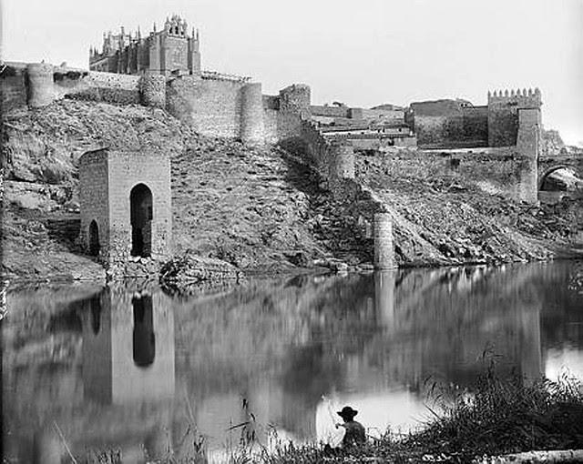 Baño de la Cava hacia 1880. Fotografía de Levy
