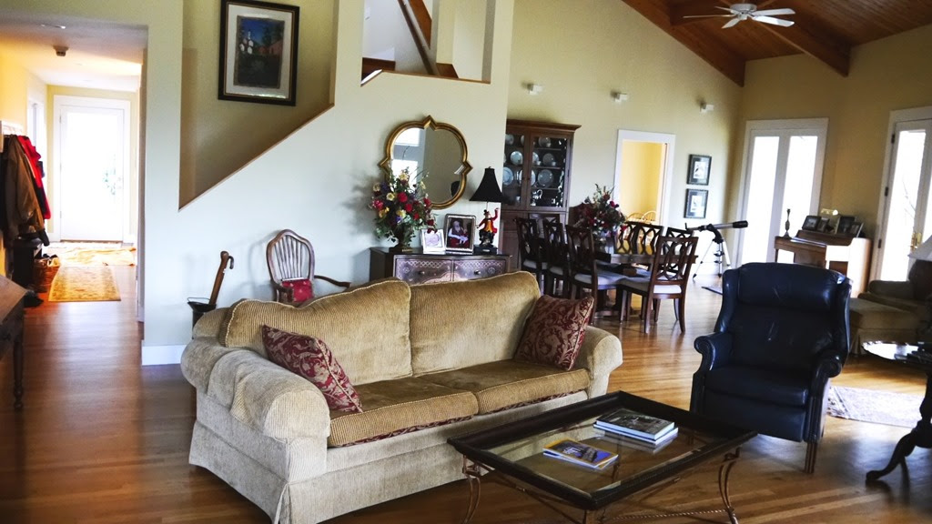 Decorating Dilemma: Janet's Open Living Room - Southern Hospitality