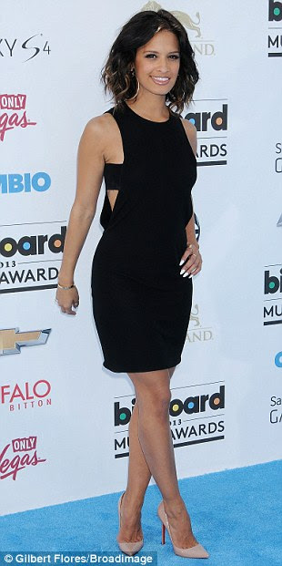 Lovely ladies: Rosi Dias opted for a cut-out LBD, Jennifer Nettles was pretty in pink, and Access Hollywood's Shaun Robinson displayed her cleavage in a metallic frock