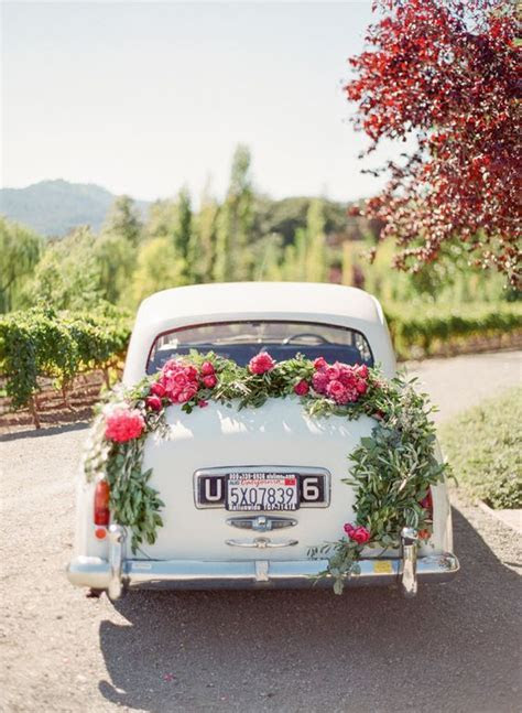 30 Ways to Decorate Your Wedding Getaway Car ? Page 2 ? Hi