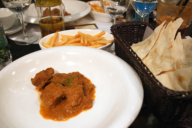 Beef Rendang with Shoe-String Fries and Pizza Bread