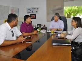 Governador estuda permuta de terreno para construção de presídio feminino em Patos