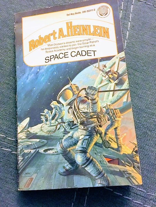 Vintage Science Fiction Month: Space Cadet by Robert Heinlein