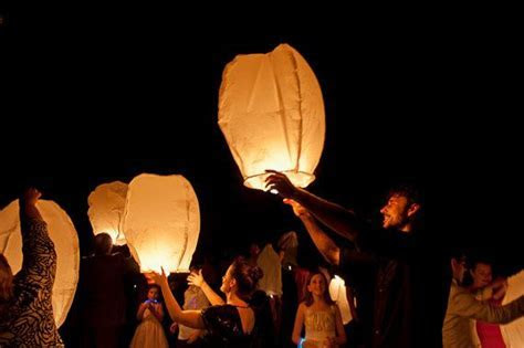 1000  ideas about Sky Lanterns on Pinterest   Witney