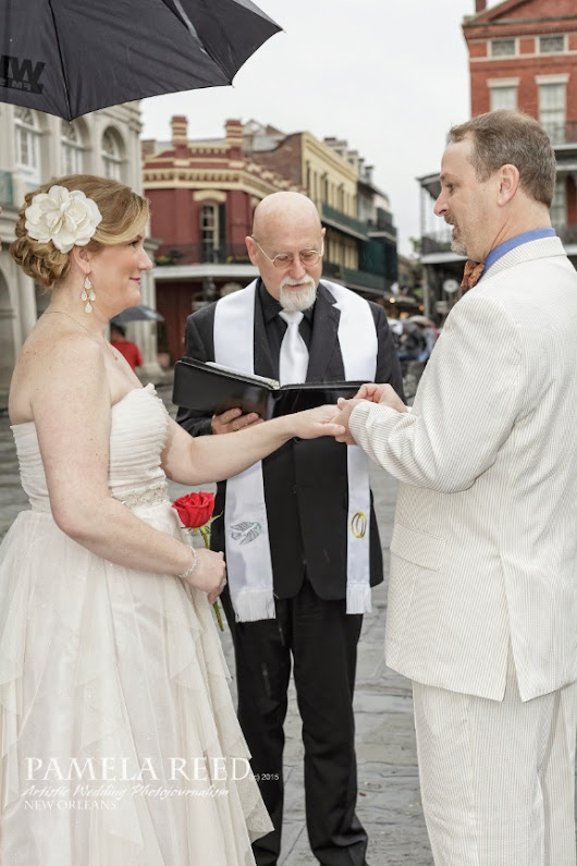 Beautiful Elopement in Jackson Square - Pamela Reed Photography - New Orleans Artistic Wedding and Portrait Photographer