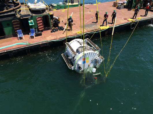 Microsoft's new way of cooling its data centers: Throw them in the sea | Ars Technica