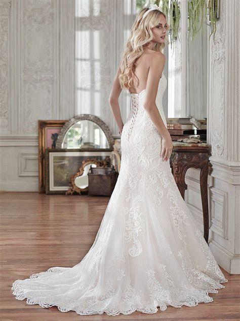 Rosamund (Curve) (CRV 6MT199) Lace Wedding Dress by Maggie
