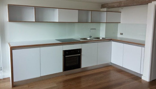 Modern industrial style kitchen in Park Hill Sheffield. • JS DECO Bespoke Furniture