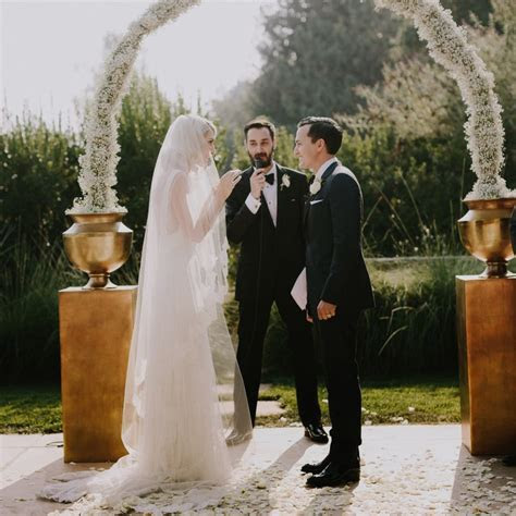 How to Perform & Officiate a Wedding Ceremony   Brides