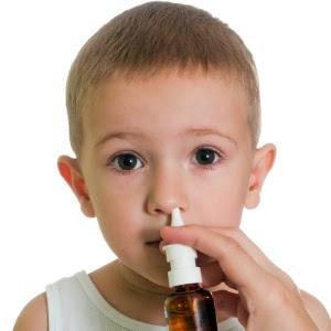 Crianças menores de 12 anos não devem usar descongestionante nasal sem acompanhamento
