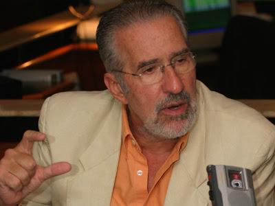 Atilio Borón denuncia instalación de  armas atómicas en Colombia