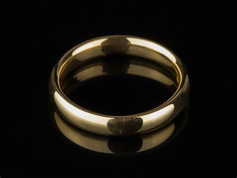 1953 22ct Rose Gold Wedding Band Ring Birmingham : Parade