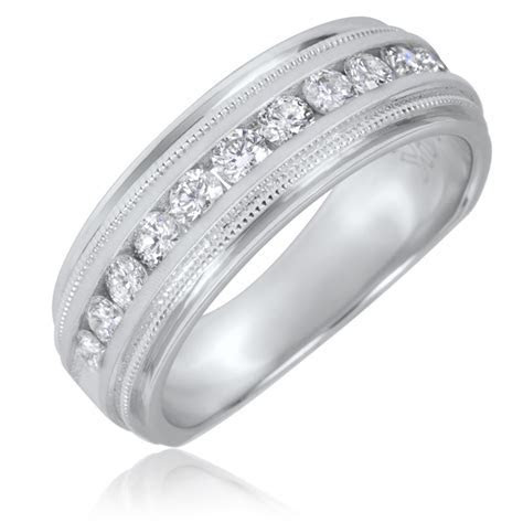1/2 CT. T.W. Round Cut Diamond Men's Wedding Band 14K