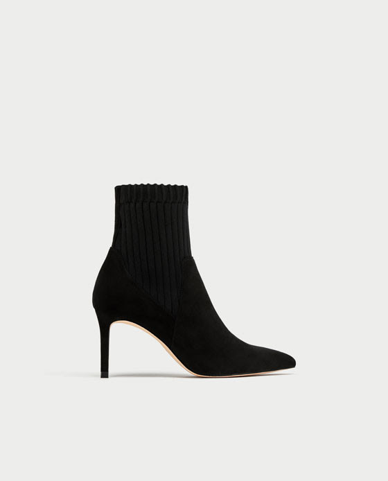 zapatos zara negros total black botines
