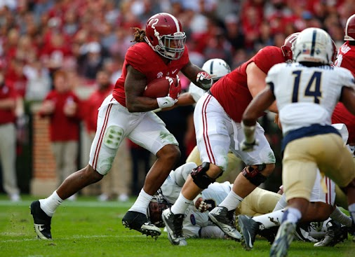 Derrick Henry, Christian McCaffrey And Deshaun Watson Named Maxwell Award Finalists #NCAAFootball   ...