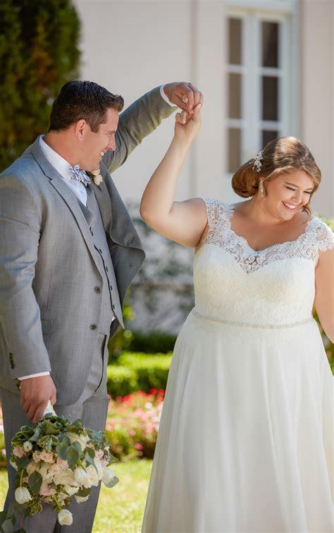 Off the Shoulder Lace Back Plus Size Wedding Dress