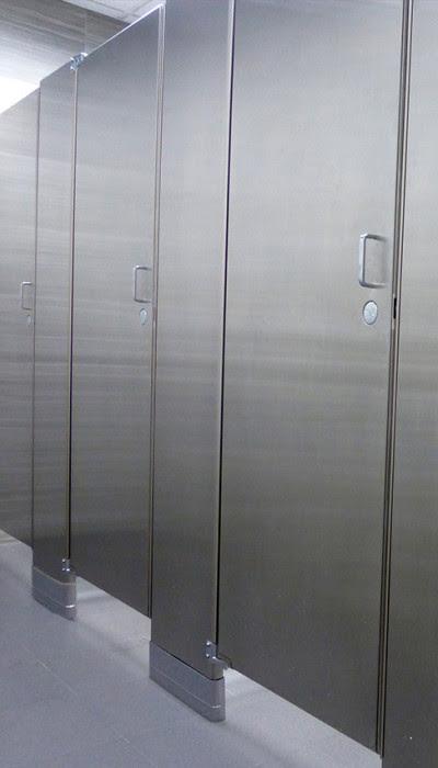 aluminum toilet door design  | 400 x 700