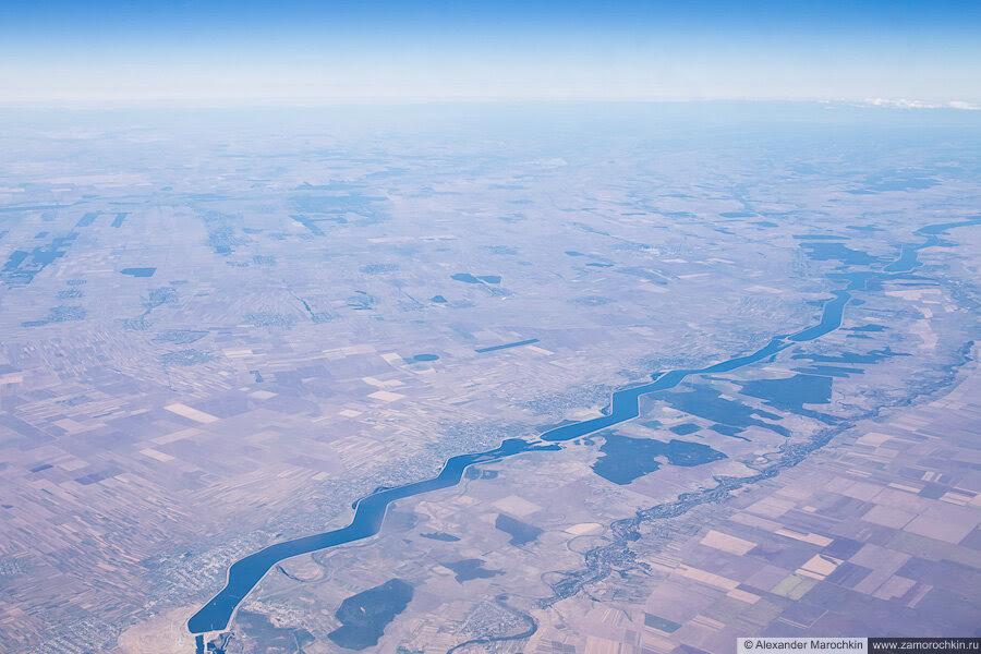 Приток Дуная румынская река Олт с самолёта