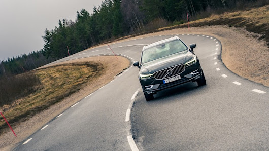 First Ride: 2018 Volvo XC60 tackles Swedish test-and-torture track - Autoblog