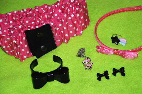 Black and hot pink outfit - accessories