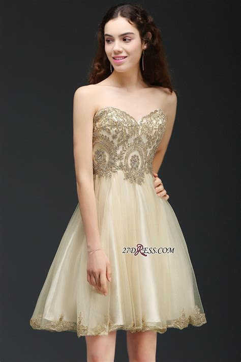 Lovely Sweetheart Short Appliques Lace Up Homecoming Dress
