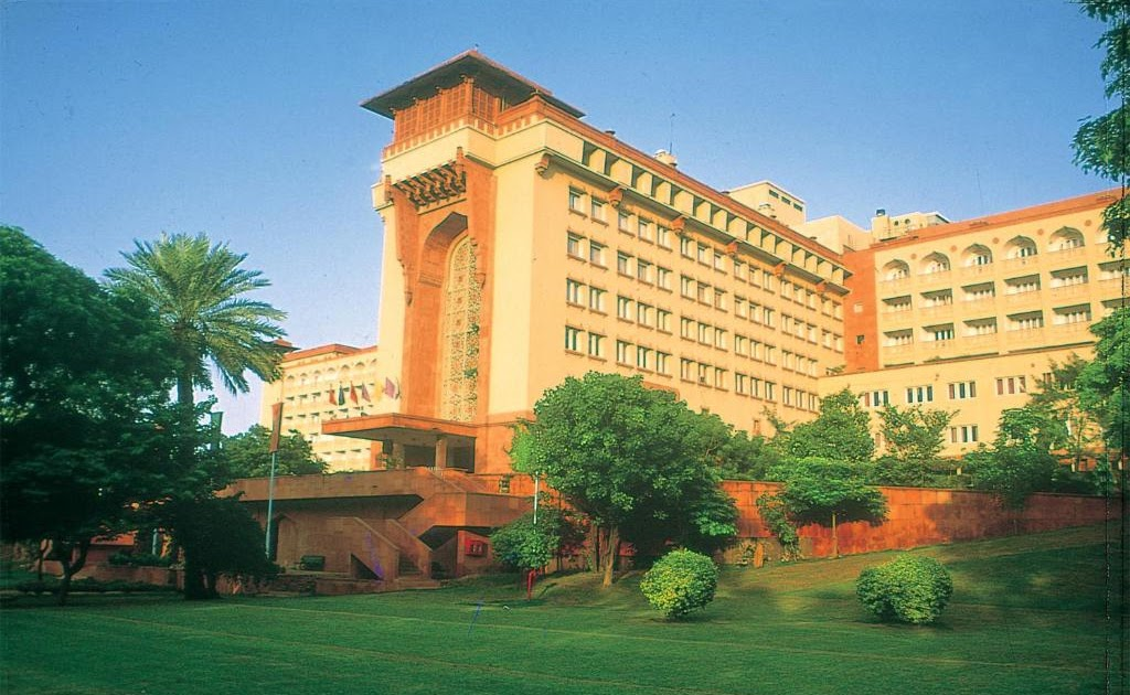 Best deals for 5 star hotels in delhi
