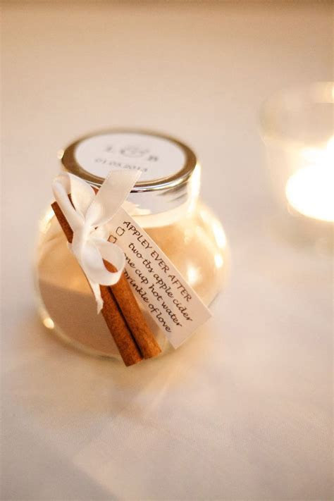 Autumn Wedding Favors guests will surely love   Wedding