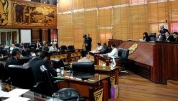 Deputados aprovam projeto que autoriza governo do Acre a usar dinheiro de depósitos judiciais
