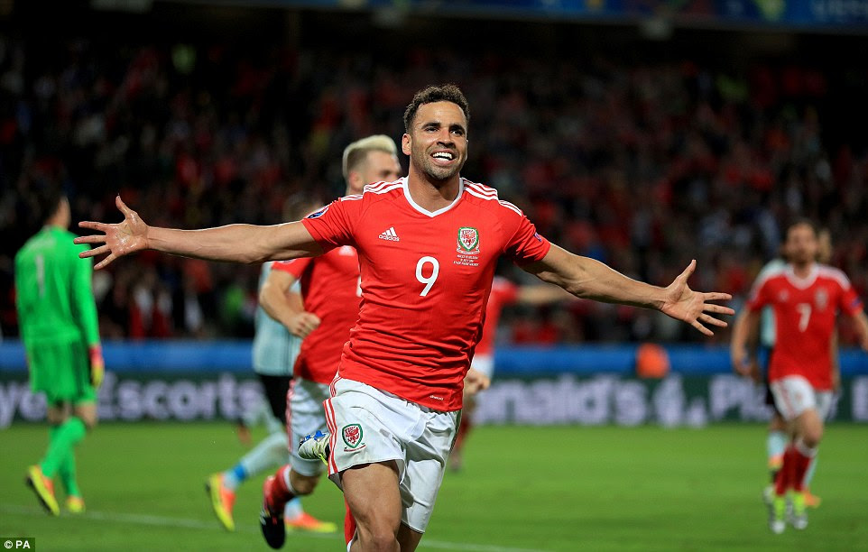 Robson-Kanu, without a club after being released by Reading at the end of this season, celebrates his quite brilliant goal to make it 2-1