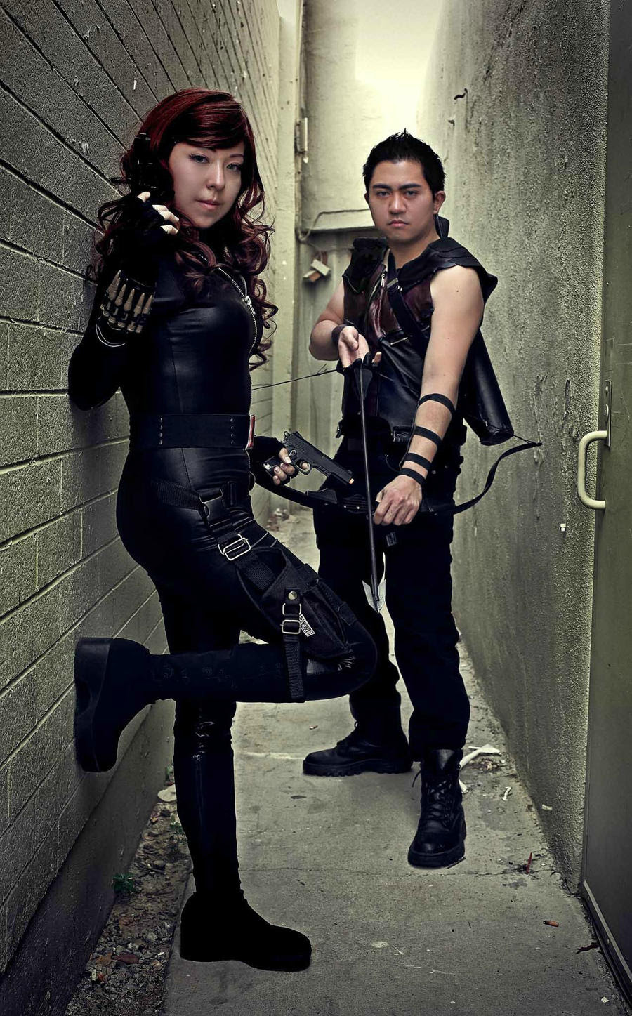 http://fc03.deviantart.net/fs70/i/2013/009/8/4/blackhawk____black_widow_and_hawkeye_cosplay_by_oniakako-d5qyv9g.jpg