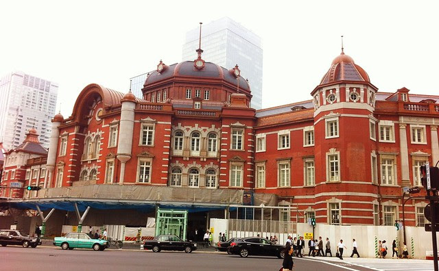 Looking forward for Tokyo station to regain it's full glory. 東京駅の復興を期待してます!