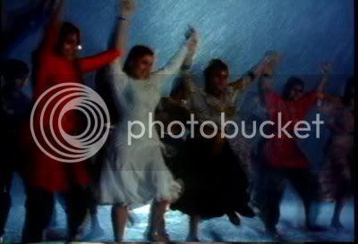 http://i347.photobucket.com/albums/p464/blogspot_images1/Kasak/PDVD_003.jpg