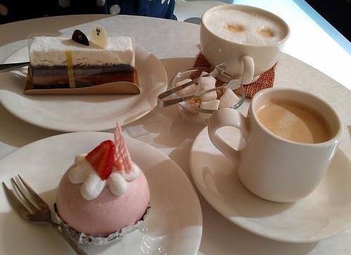 H.C.'s foodventure: Desserting it up @ Patisserie Chantilly