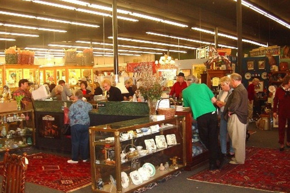 Forestwood Antique Mall: Dallas Shopping Review - 10Best ...