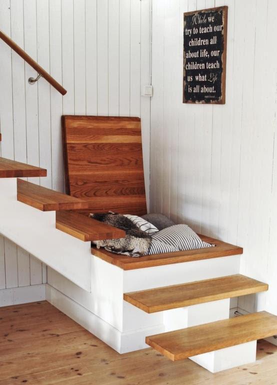 baúl en escalera