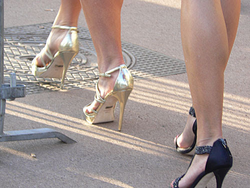 chaussures dorées.jpg