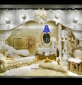 Fashionable New York Holiday Windows