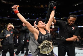 Amanda Nunes UFC 207 (Foto: Getty Images)