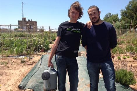 Josep Tamarit junto a Pedro Amigo en 'Bicihuertos'. | C. F.