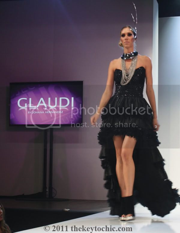 Glaudi black gown