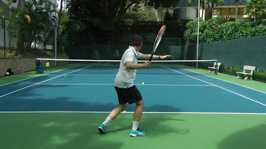 How To Improve Your Tennis Through Free Hitting | Feel Tennis