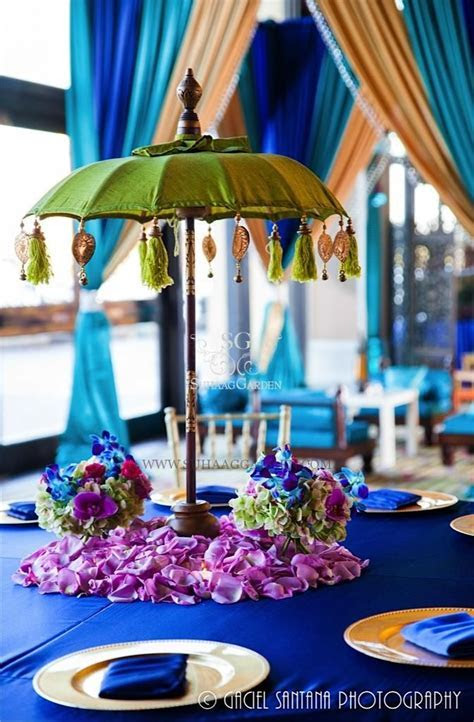 25  best ideas about Umbrella centerpiece on Pinterest