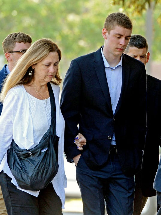 AP EX-STANFORD SWIMMER-RAPE A FILE USA CA
