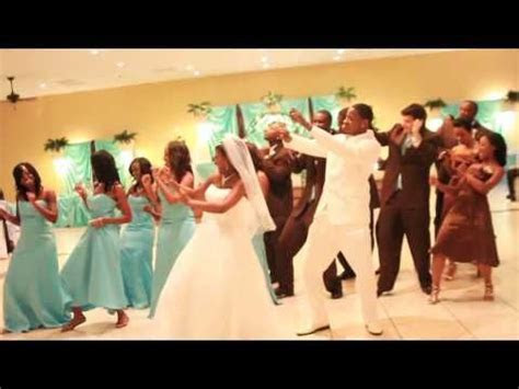 VIDEO: The Wedding Wobble   Dancing, Bridal parties and