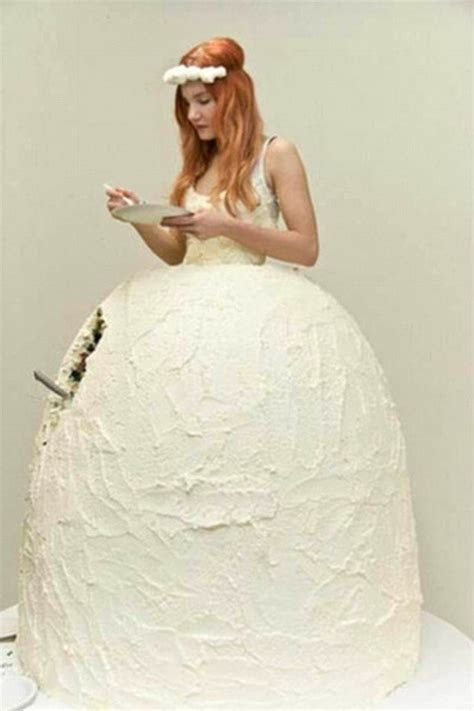 These Are The Worst Wedding Dresses You'll Ever See   What