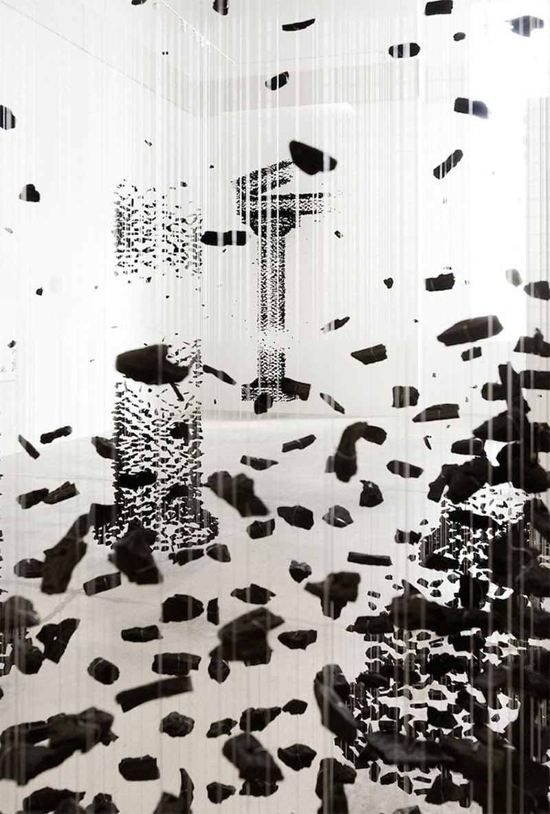 Architectural Columns Constructed from Suspended Charcoal by Seon Ghi Bahk multiples installation charcoal architecture
